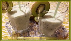 Lait frappé aux Kiwis - Oh, la gourmande.. Frappe, Healthy Eating Tips, Healthy Nutrition, Kiwi, Vegetable Drinks, Food Menu, Fruits And Vegetables, Panna Cotta, Ice Cream