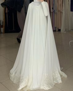 Muslimah Wedding Dress, Muslim Wedding Dresses, Muslim Brides, Wedding Hijab, Junior Bridesmaid Dresses, Dream Wedding Dresses, Bridal Dresses, Wedding Gowns, Hijab Bride