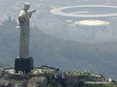 Corcovado e Estádio do Maracanã