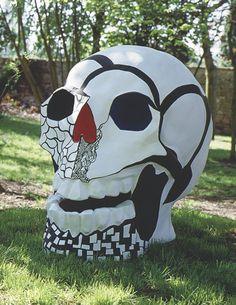 Tête de mort II by Niki de Saint Phalle (1988)