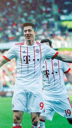 Lewandowski Football Fans, Football Season, Robert Lewandowski, Soccer Players, Neymar, Munich, Champion, Anna, Sport