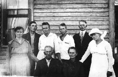 Michelle's Family, 1919, Amos and Martha Elliott Seated, back row: Della Pearl, William C, Mary F, Emma A, Willie E, Lilly E.  family , Hunt Texas. Cherokee mixed blood.
