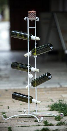 držiak na víno pilon 75 €