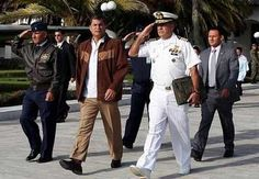 El presidente de Ecuador, Rafael Correa, llega hoy a Turquía en una visita oficial de tres días para ahondar las relaciones bilaterales y que es la primera de un presidente ecuatoriano al emergente país euroasiático del G20. Ver más en: http://www.elpopular.com.ec/46860-correa-realiza-la-primera-visita-de-un-presidente-ecuatoriano-a-turquia.html?preview=true