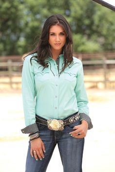 Mint Green button down with stiped cuffs Hot Country Girls, Country Girl Style, Country Women, Country Fashion, Country Outfits, Cowboy Girl, Sexy Cowgirl, Western Girl, Western Wear