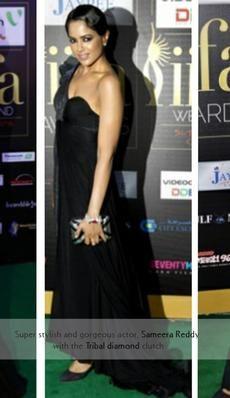 Sameera Reddy-Sophie Choudhar- India actor carries the Rachana Reddy 'Tribal diamond' bag   #sameerareddy #rachanareddy#bag #clutch #fashion #accessory #madeinindia  #india #bollywood #celeb   Shop here: www.rachanareddy.com