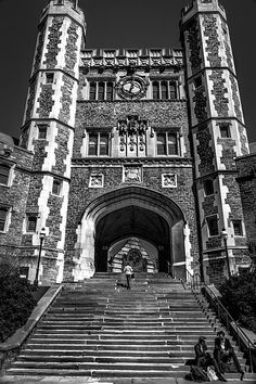 Princeton University Situated in Princeton, south from New York. Campbell Hall, Glasgow School Of Art, Princeton University, Prep School, Dartmouth, College Students, Old Houses, The Good Place, Cool Pictures