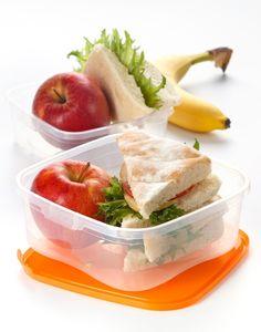 Para mantener la línea de ahorro, limita tus comidas fuera de casa… Así evitarás un gasto innecesario.