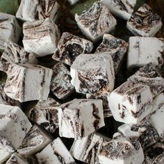 Oreo Swirl Marsmallows, much easier than you'd ever think! Give them a go.
