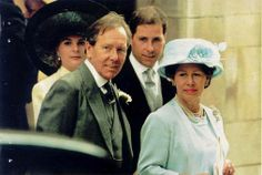 Lord Snowden & Princess Margaret at their daughter's wedding. Serena & David Linley are behind them.