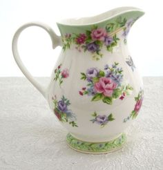 This pitcher is so pretty, the floral colors and the design is perfect Small Bouquet, Chamomile Tea, Chocolate Pots, Vintage Dishes, China Porcelain, Carafe, Tea Set, Cup And Saucer, Tea Party