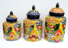 Talavera canisters China Clay, Talavera Pottery, Kitchen Canisters, Canister Sets, Mexican Art, Pottery Ideas, Health And Nutrition, Mickey Mouse, Mexico