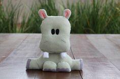 #Hipopótamo de #feltro, desenho exclusivo, para #decoração tema #safari. Fica em pé sozinho. #hippo #felt