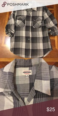 Guess Button Down Beautiful Button Down from Guess. Gently worn! Guess Tops Button Down Shirts