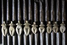 artpropelled: Goddesses on Old African Washboard by Robyn Gordon Ancient Goddesses, Ancient Symbols, Gods And Goddesses, Ancient Art, Sacred Feminine, Divine Feminine, Altar, Afro, Art Premier