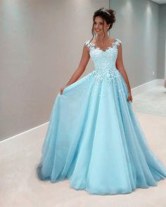 Unique Prom Dresses, blue fashion prom dress, There are long prom gowns and knee-length 2020 prom dresses in this collection that create an elegant and glamorous look Pretty Prom Dresses, Blue Evening Dresses, Prom Dresses Blue, Dance Dresses, Homecoming Dresses, Beautiful Dresses, Formal Dresses, Dress Prom, Lace Prom Gown