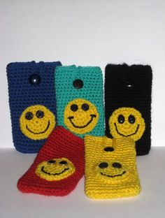 Crochet phone case Smiley - Cell phone cozy -mobil case