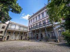 https://flic.kr/p/UoeDF9 | Palácio do Catete | A,fachada de trás do palácio, antiga residência do Barão de Nova Friburgo. que depois serviu de resid}encia ao presidentes do Brasil. Hoje é o Museu da REpública.  Catete, Rio de Janeiro, Brasil. Tenha um bonito dia.  _______________________________________________  Catete Palace  The back facade of Catete Palace, the old city residence of the Baron of Nova Friburgo that later served as Government Palace and today is the Museum of Republic…