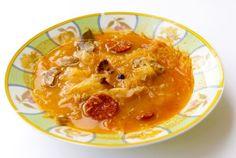 Kapustnica s klobásou a hubami - Recept pre každého kuchára, množstvo receptov pre pečenie a varenie. Recepty pre chutný život. Slovenské jedlá a medzinárodná kuchyňa