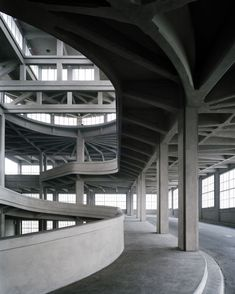 Giacomo Matté Trucco - Lingotto by Akesson Lindman Factory Architecture, Concrete Architecture, Architecture Details, Modern Architecture, Renzo Piano, Bridge Structure, Concrete Structure, Urban Loft, Brutalist