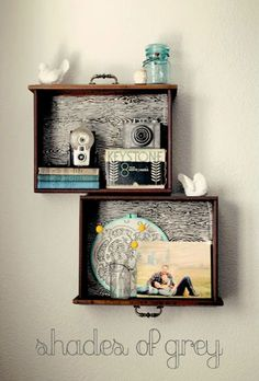 Throw Away Those Old Dresser Drawers! Here Are 13 Ways to Repurpose Them Instead Don't Throw Away Those Old Dresser Drawers! Here Are 13 Genius Ways to Repurpose…Don't Throw Away Those Old Dresser Drawers! Here Are 13 Genius Ways to Repurpose… Drawer Shelves Diy, Wall Shelves, Drawer Ideas, Diy Shelving, Display Shelves, Box Shelves, Suitcase Shelves, Display Boxes, Glass Shelves