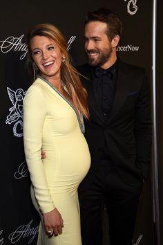 Blake Lively enceinte & sexy dans sa robe Gucci
