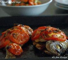 recette Dorade en habit rouge Habit Rouge, Ratatouille, Shrimp, Menu, Nutrition, Chicken, Cooking, Ethnic Recipes, Food