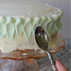 Ombre Cake: Dollop Technique, Frosting Techniques to Take Your Baked Goods to the Next Level