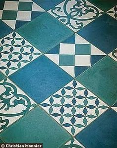Quadrat: varios en azules...