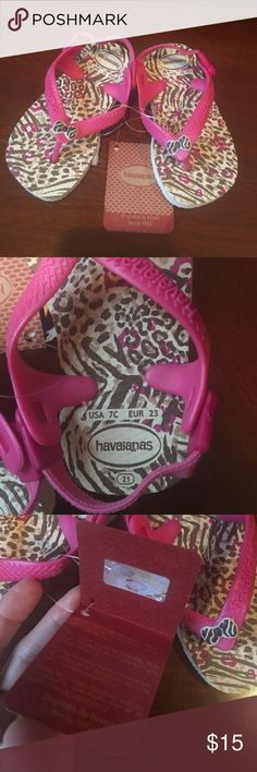 NWT toddler Havaianas baby chic flip flop sandals NWT Havaianas Flip flop style with fabric slingback strap. Cute leopard print. Toddler size 7. Havaianas Shoes Sandals & Flip Flops
