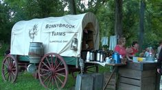 Looking for a unique and memorable time with the family? Go on a Chuck Wagon Chuck Wagon Dinner Ride!   https://www.ohiotraveler.com/chuck-wagon-dinner-rides-at-bonnybrook-farms/