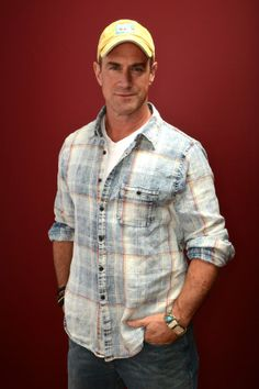 18 best christopher meloni images in 2017 chris for Meloni arredamenti oristano