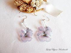 Orecchini Viola pendenti con fiore realizzato con tecnica Sospeso Trasparente , by Lady Bijoux Handmade, 9,00 € su misshobby.com