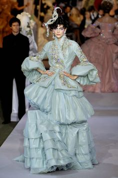 Kinga Rajzak (IMG) for Christian Dior by John Galliano ,F/W 2007 Haute Couture, pass 21