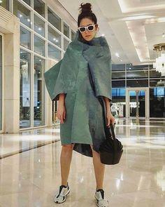 . #commedesgarcons  #peoplewearingcommedesgarcons  #pwcdg  #コムデギャルソン  #川久保玲 #reikawakubo #fashion  #streetstyle #cdgmet  #metkawakubopeoplewearingcommedesgarcons