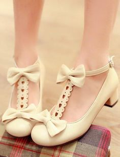 Vintage Shoes Cute Kawaii Bow Shoes - Color: Black Pink Beige Size: be customized 32 33 40 41 42 do not returned) heel-height: Sole Material: Rubber Surface material: PU Chunky Heel Shoes, Low Heel Shoes, Bow Shoes, Cute Shoes, Pumps Heels, Me Too Shoes, Low Heels, High Heel, Kawaii Shoes