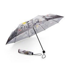 Stylish greyMoomin umbrella with colorful details for the rainy days. 95 centimeters in diameter, this will surely protect you even during heavier rain.Tyylikäs harmaaMuumi sateenvarjo värikkäillä yksityiskohdilla sateisten päivien suojaksi. Halkaisija 95senttimetriä, joten suojaa hyvin jopa rajummassakin sateessa.Stiligt gråttMumin paraply med färggranna detaljer för regniga dagar. 95 centimeter i diameter, så paraplyet skyddar väl även i ruskigare väder.