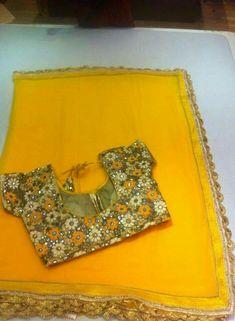 Mirror Work Saree, Mirror Work Blouse, Fancy Blouse Designs, Saree Blouse Designs, Sari Blouse, Saree Dress, Blouse Patterns, Blouse Styles, Plain Saree With Heavy Blouse