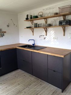 Awesome Breathtaking 46 Best Ikea Kitchen Design Ideas 2019 crunchhome.com/… Source:crunchhome.com The post Breathtaking 46 Best Ikea Kitchen Design Ideas 2019 crunchhome.com/…… appeared first on Emmy's Designs .