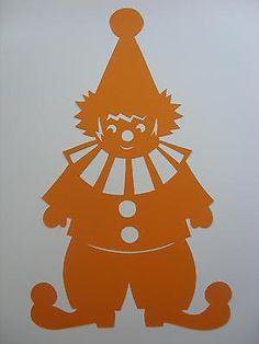 Fensterbild Tonkarton  Clown Harlekin  orange filigran 34 cm