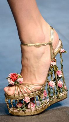FALL 2013 READY-TO-WEAR  Dolce & Gabbana I don't know what to say.  I can't decide if they are wearable.