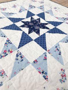 Fort Worth Fabric Studio: Blue Carolina Starburst Quilt Free Pattern