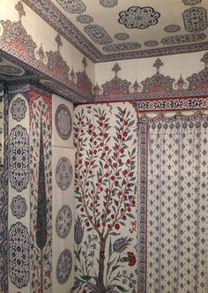 Iksel Decorative Arts has been painting by hand for Decoration since 1988 and has developed Digital Technology and imaging software expertise since Scenic Wallpaper, Wall Wallpaper, Plant Wallpaper, Tapas, Moroccan Design, Tile Design, Designer Wallpaper, Modern Wall, Paper Dolls