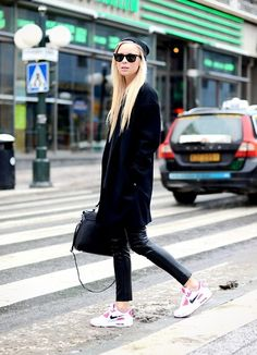 On the streets in the big city. (by Victoria Törnegren) http://lookbook.nu/look/4588523-On-the-streets-in-the-big-city