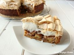Smak Mojego Domu: Kruche ciasto orzechowe z jabłkami, cynamonem i be...