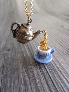 Lavender Tea Jewelry Necklace Purple Flower Tea por LycheeKiss