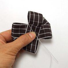 リボンバリエーション・6の作り方(7) Cufflinks, Ribbon, Accessories, Hair, Hair Bows, Tape, Band, Ribbon Hair Bows, Bows