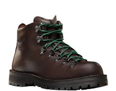 Mountain Light™ II   Hiking Boots: Style 30800    Danner boot makers don't brag. They let their creations do the talking. With solid stitchdown construction, Vibram® Kletterlift outsoles, and full-leather support, this classic boot could tell some stories.