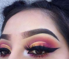 Eye Makeup Tips.Smokey Eye Makeup Tips - For a Catchy and Impressive Look Makeup On Fleek, Cute Makeup, Glam Makeup, Pretty Makeup, Skin Makeup, Makeup Inspo, Makeup Art, Makeup Inspiration, Eyeshadow Makeup