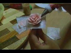 Tutorial per fare le rose in crema di burro di Greedy | Greedyweb